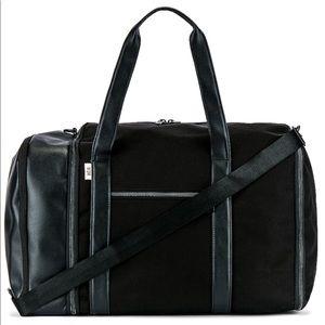 BEIS Duffle Bag in Black TRAVEL BAG